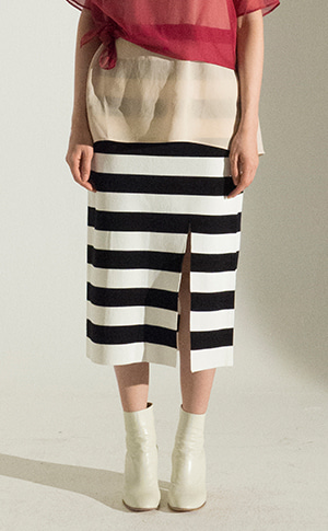 Stripe Slit Skirt