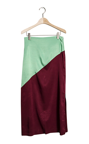 Diagonal Line Coloring Long Skirt